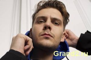 Павел из сериала Гранд и Отель Элеон